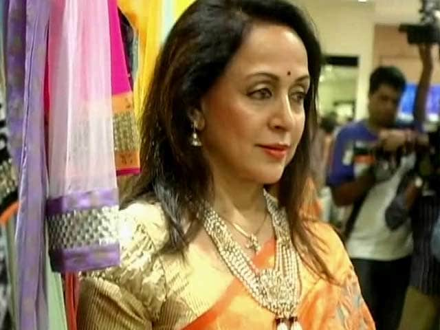 Video : Item song with a younger man will be funny: Hema Malini