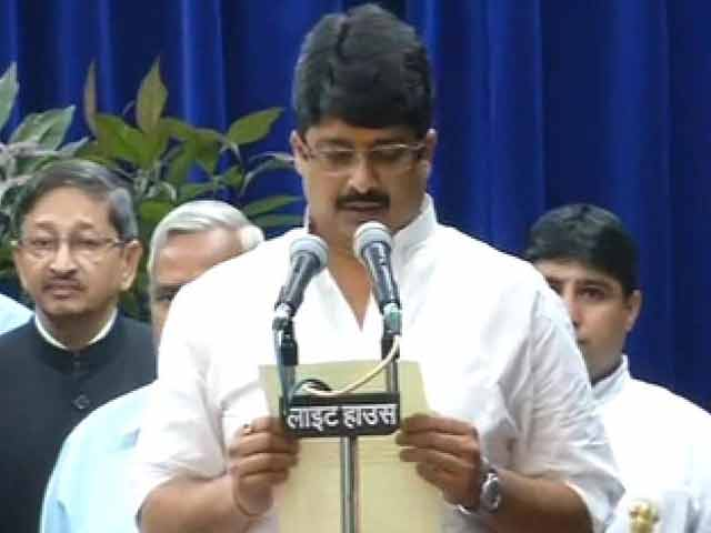 Video : Raja Bhaiya, cleared in cop murder case, back as minister in Akhilesh govt