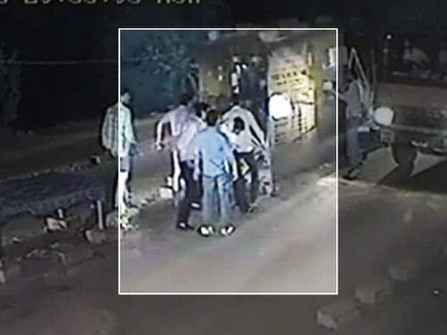 Video : कैमरे में कैद : गुड़गांव के टोल प्लाजा पर मारपीट व लूट