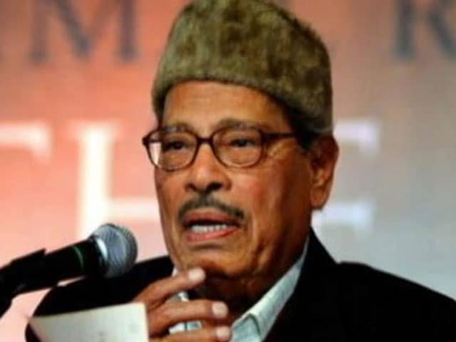 Manna Dey, legendary singer, dies at the age of 94