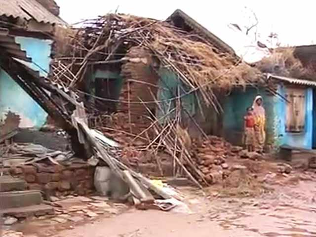 Video : Officials face marooned villagers: a ground report from flood-hit Odisha