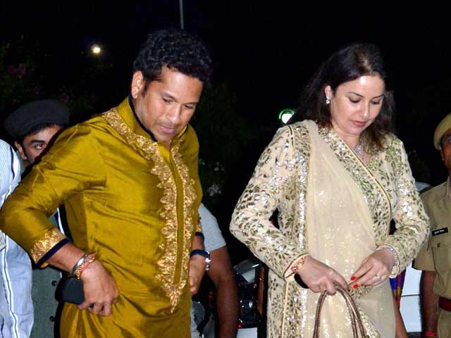 Video : Sachin to dance in Nach Baliye 6 with wife Anjali?