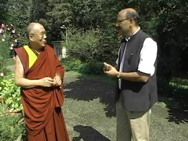 Video : Walk The Talk: The Dalai Lama (Aired: October 2005)
