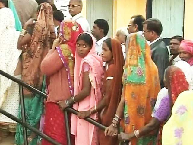 Video : Chhattisgarh polls: 75% polling in Phase 2