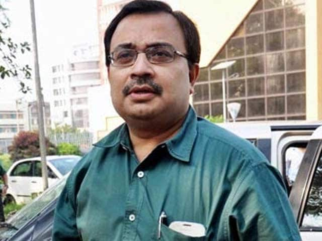 Video : Saradha scam: Trinamool MP Kunal Ghosh arrested, names Mamata Banerjee in Facebook post