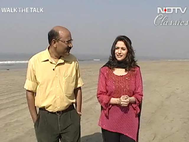 Video : Walk The Talk: Madhuri Dixit (Aired: December 2003)