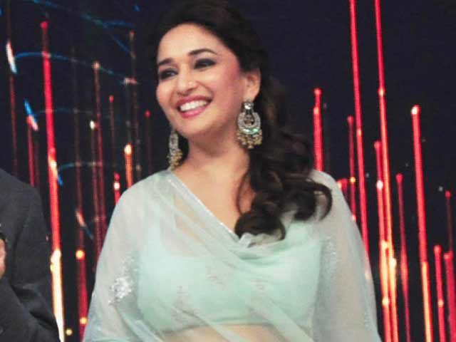 Video : Madhuri records highest growth in Twitter followers