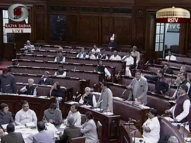 Video : Government tables Lokpal Bill, concedes BJP demand to include tough clause