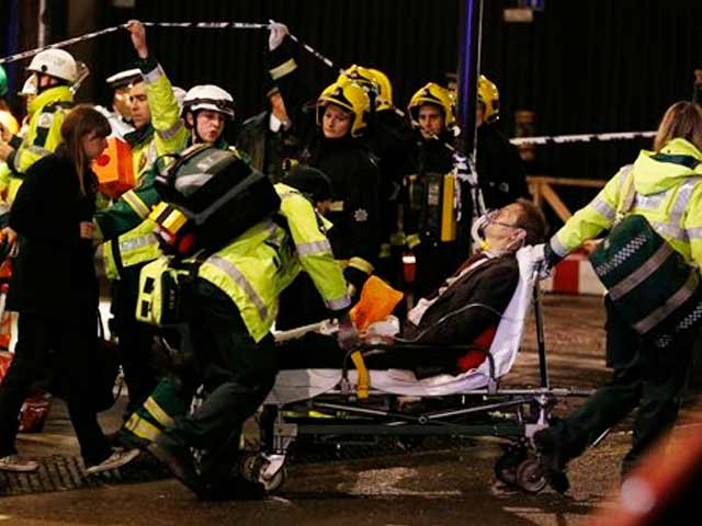 Video : London: part of theatre collapses, over 80 injured