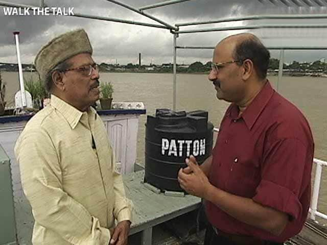 Video : Walk The Talk with Manna Dey (Aired: October 2004)