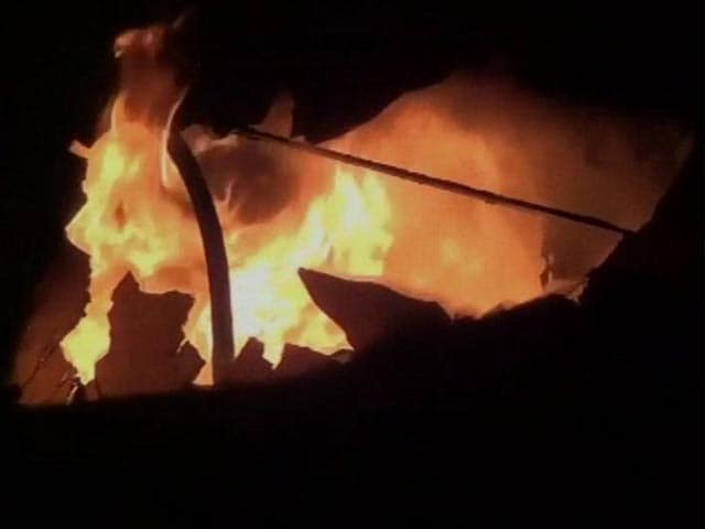 Video : 26 killed in fire on train in Andhra Pradesh