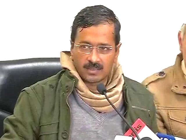 Video : Arvind Kejriwal keeps his power promise; 50% tariff cut for usage upto 400 units in Delhi