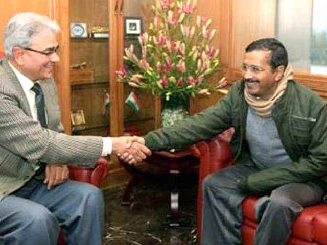 Video : After water, Arvind Kejriwal reduces power prices in Delhi