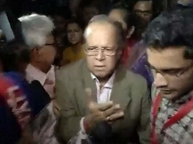 Video : Justice AK Ganguly quits guest faculty of Kolkata college