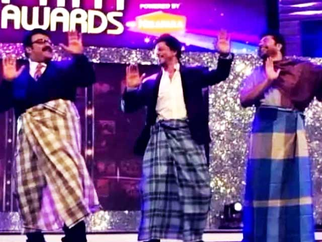 Video : SRK's Lungi Dance with Mohanlal, Mammootty