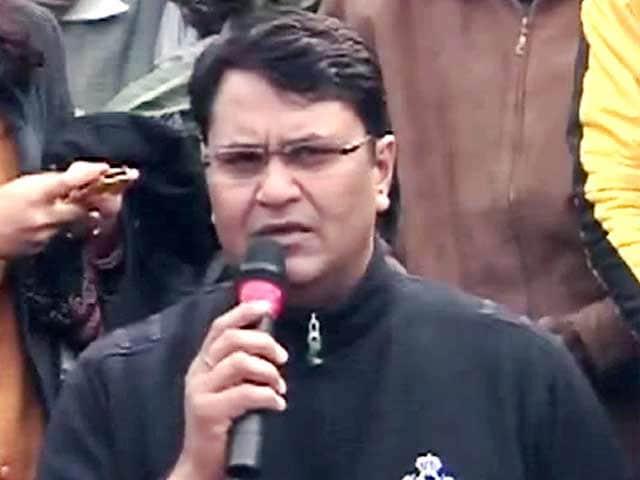 Video : 'आप' विधायक विनोद बिन्नी ने पार्टी, केजरीवाल पर साधा निशाना
