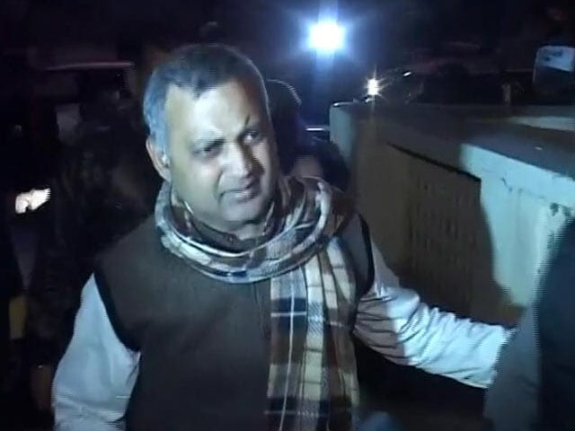 Video : Somnath Bharti won't resign as Delhi's Law Minister: AAP