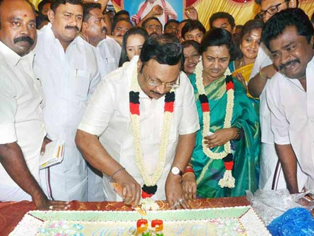 Video : Alagiri's birthday wish: 'My father's tears should fall on my dead body'