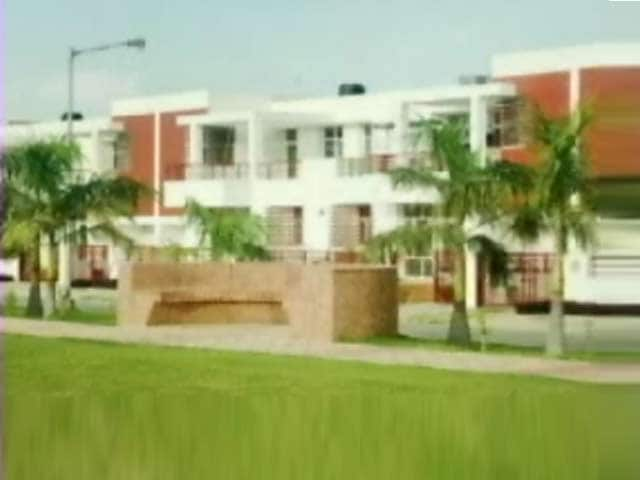 Video : Villa options on IIM and Sultanpur Road