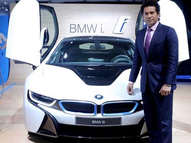 Auto Expo 2014: Sachin Tendulkar unveils BMW i8