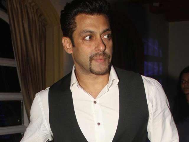 Video : Salman's Entry after Kick