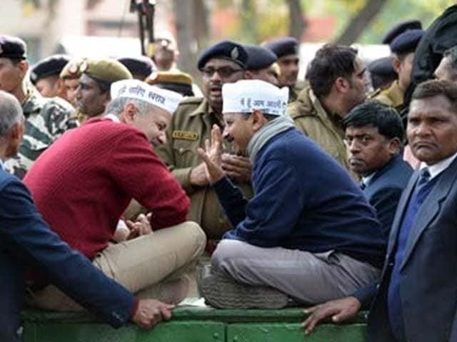 Video : Arvind Kejriwal government won't table anti-graft Jan Lokpal Bill today