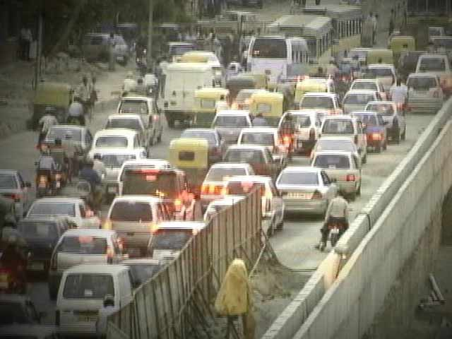 Video : Delhi's alarming pollution level can reduce life expectancy by three years: study