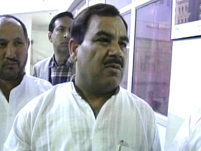 Video : Uttarakhand minister Harak Singh Rawat charged with molestation