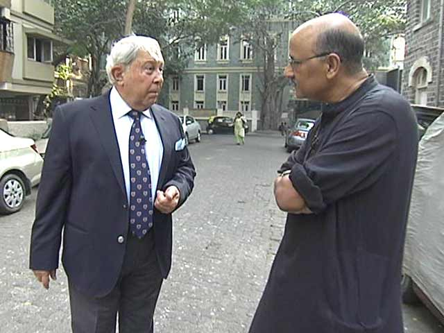 Video : Walk The Talk With Dr YK Hamied