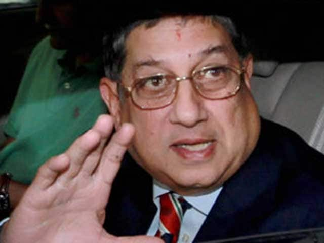 Video : BCCI says N Srinivasan won't step down as president