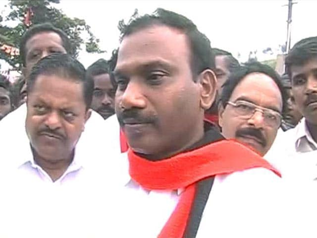 Video : 2G scam: A Raja wants people's verdict before court verdict