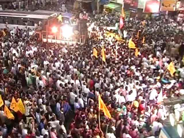 Video : Six-cornered contest in this constituency, India's biggest