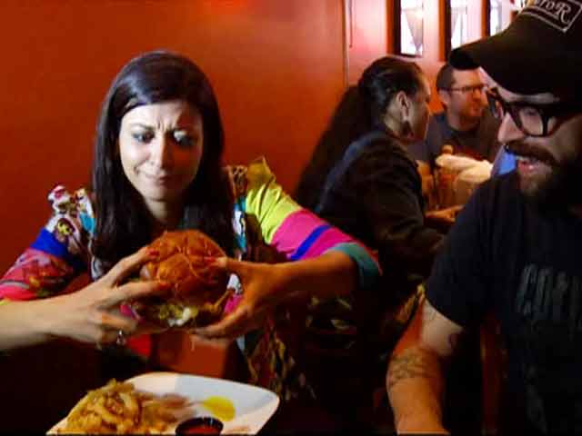 Video : Hangout Amreeka: The best delicacies America has to offer