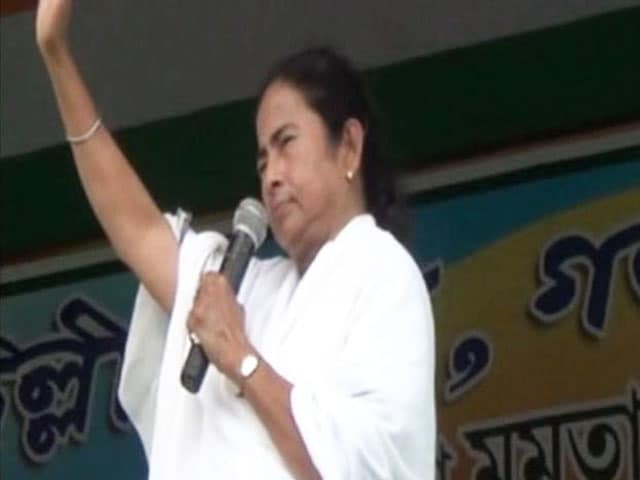 Video : Supreme Court Orders CBI Probe into Saradha: Trinamool Embarrassed?