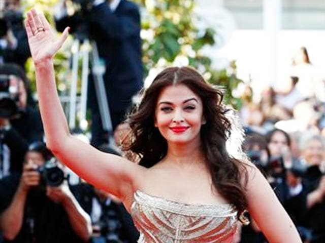Video : How Aishwarya Put Her Best Face Forward in Cannes