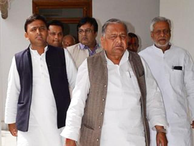Video : 'Who Will Take On Modi in Parliament? Dimple Can't Speak': Mulayam