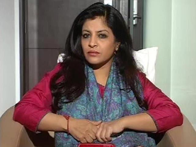 Video : Double Blow to AAP, Shazia Ilmi and Captain Gopinath Quit Party