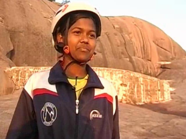 Video : Teen from Andhra Pradesh is Youngest Woman to Conquer Mount Everest