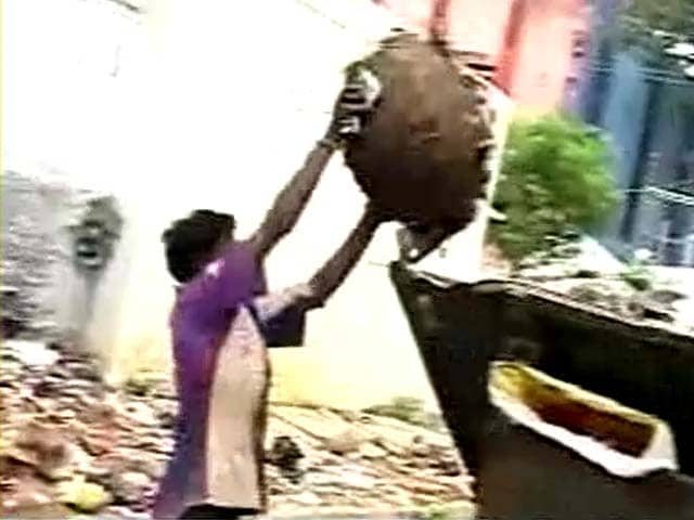 Recycling latest news photos videos on recycling ndtv com for Best out of waste topics