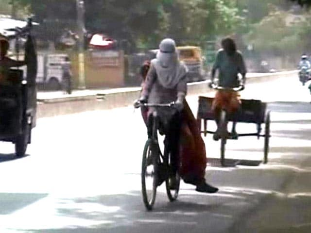 Video : Thursday Hottest Day of Season in Delhi, No Relief Expected Today