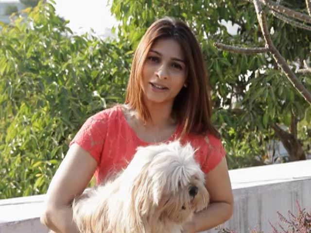 Video : Heavy Petting: Meet Tanisha Mukherjee and Her Dog