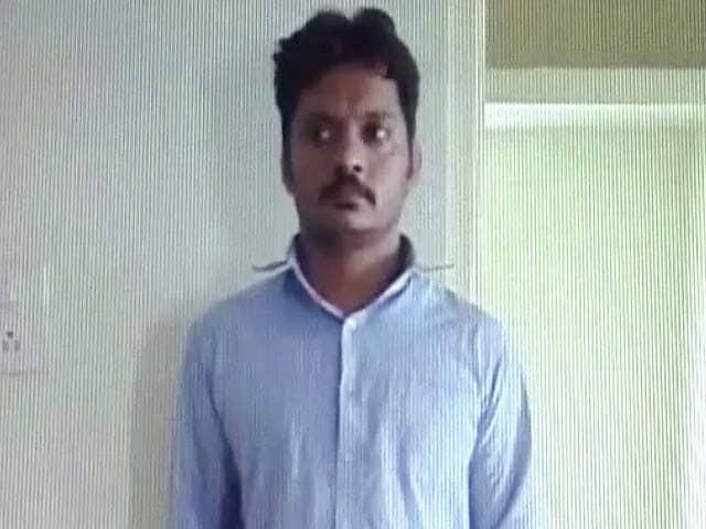 Video : बेंगलुरु में फर्जी डॉक्टर का पर्दाफाश