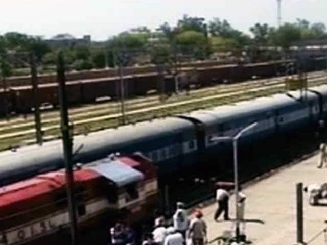Video : Rail Fares Hiked by 14%, 'Achche Din?' Mocks Opposition