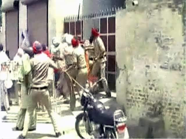 Video : संगरूर में दलितों पर पुलिस लाठीचार्ज