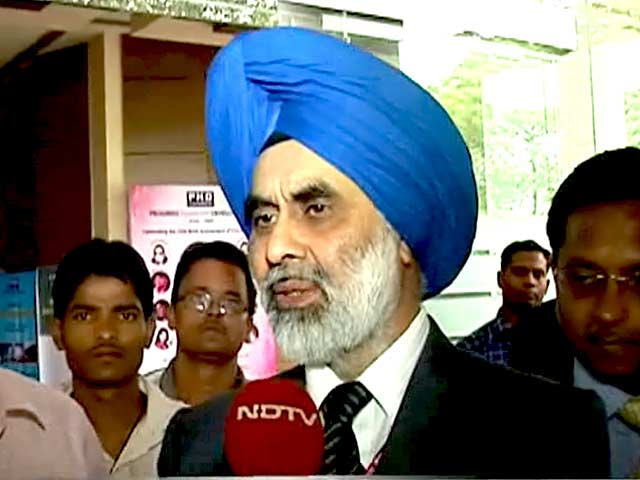 Video : Listing of LIC Not an Option: Banking Secretary to NDTV