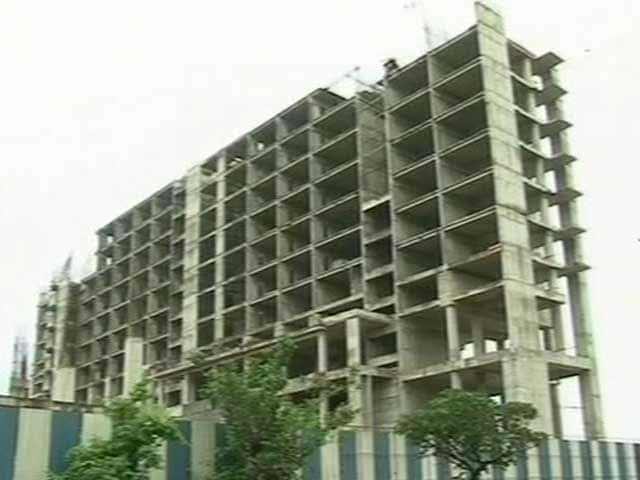 Video : 2G Scam Accused, Top Builders Named in FIR in Pune Land Scam Case