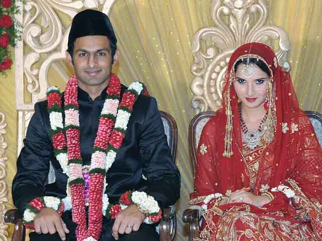 Video : 'She is a Symbol of Pride for India': Reactions on Sania is Pakistan's Daughter-in-Law Row