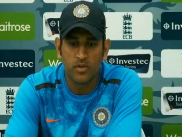 Livid Dhoni Slams ICC for Punishing Jadeja