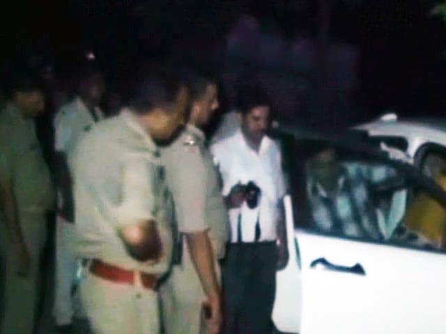 Video : कानपुर में कार-बाइक की टक्कर के बाद महिला को अगवा कर मार डाला