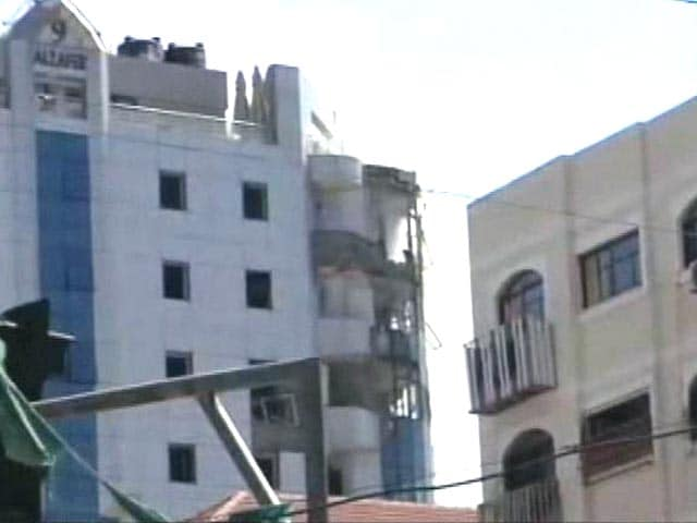 Video : Fear, Panic in Gaza as Abandoned Building Pounded Again